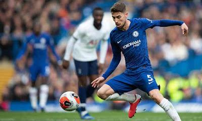 """Lampard """"nhận quà"""" bất ngờ: SAO trẻ 80 triệu euro muốn về Chelsea đua vô địch 2"""