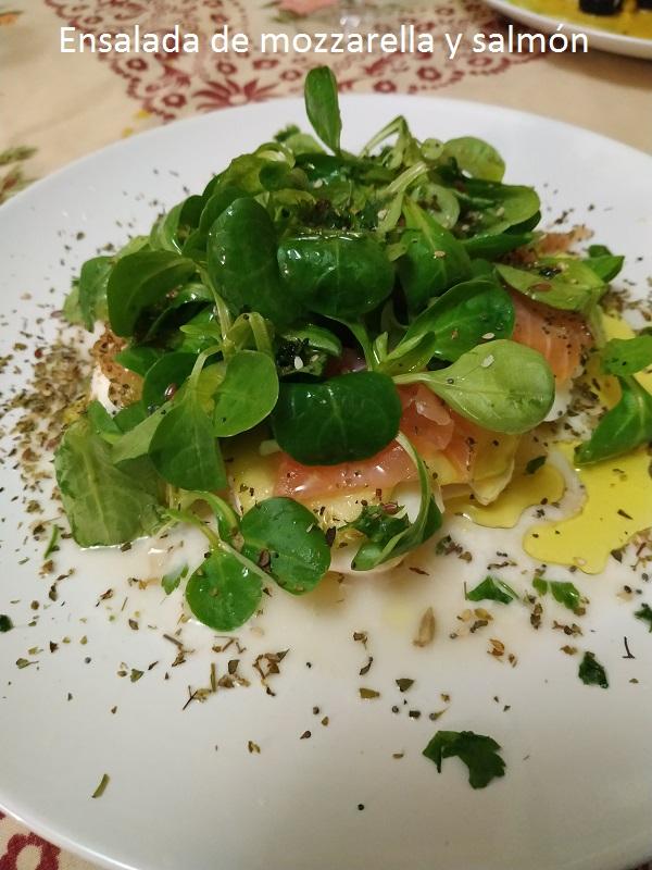 Ensalada de mozzarella y salmón