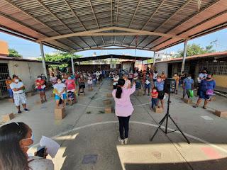 Entrega DIF Acapulco módulos de Desayunos Escolares