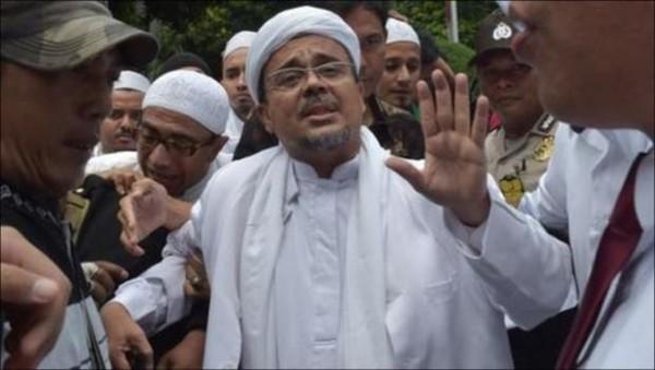 Lawan Jaksa, HRS Berencana Ajukan Banding Vonis di Kasus Kerumunan!
