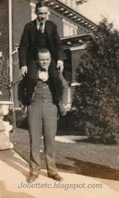 Mac and Skeeter at Lucas's house 1925 https://jollettetc.blogspot.com