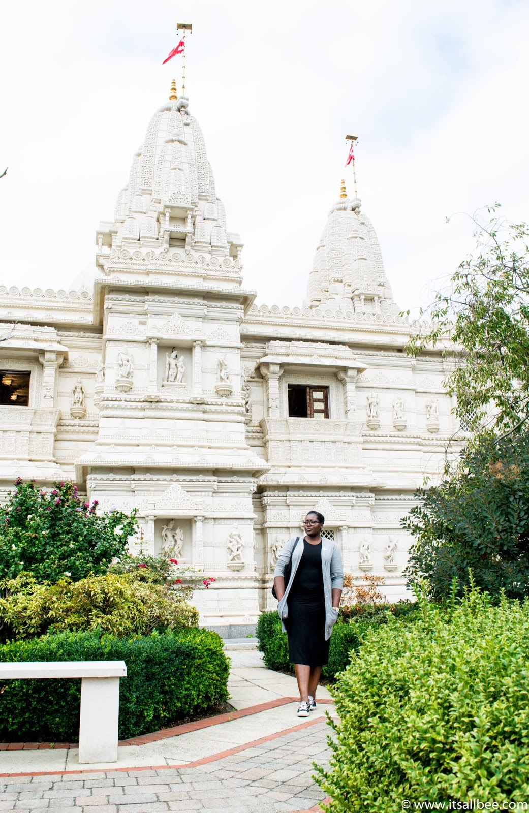 London's Insanely Beautiful Temple You Have To See - Neasden temple aka Baps Shri-Swaninarayan Mandir