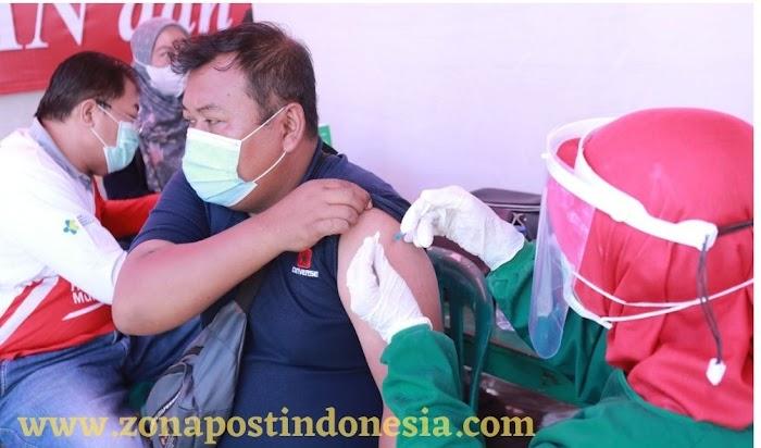 Sadar Akan Pentingnya Vaksinasi, Warga Antusias Datangi Klinik Pratama Polres Situbondo