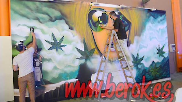Decoración graffitis Stand Cannabis Málaga