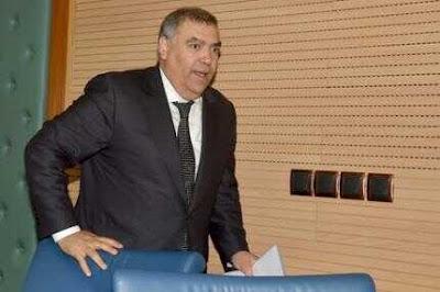 وزير الداخلية يدعو رؤساء الجماعات المنتهية ولايتهم إلى تقديم الحساب