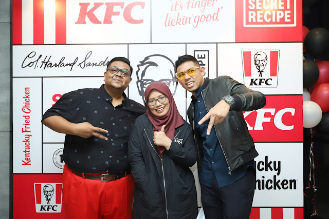 KFC Fans Party : Zinger Double Down Kembali