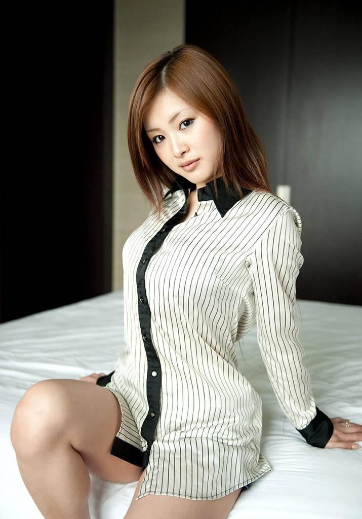 suzuka ishikawa hot nude photos 02
