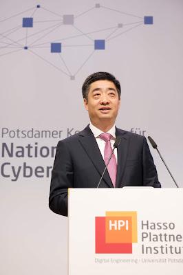 كين هو: نائب رئيس مجلس إدارة هواوي بالتناوب في مؤتمر لأمن المعلومات في العاصمة الألمانية برلين