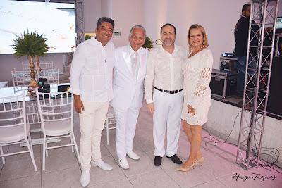 https://www.hugotaques.com/2019/11/noite-di-branco-adilson-mendes.html