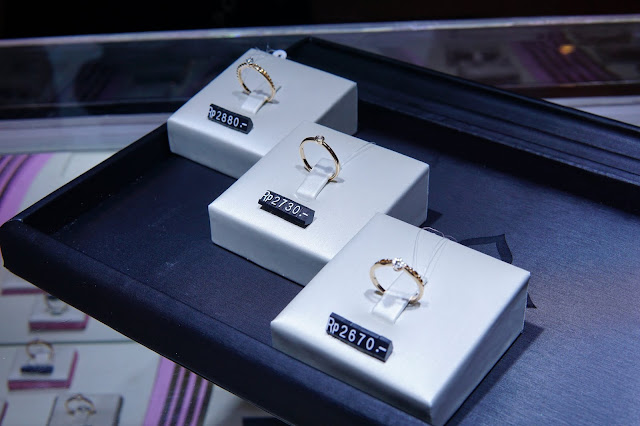 MOELLA COLLECTION THE PALACE JEWELER
