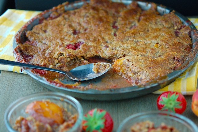 Paleo Strawberry Apricot Crisp