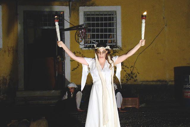 Θεσπρωτία:''ΤΡΩΑΔΕΣ'' Από Το Politheatro Στην Παλιά Σαγιάδα