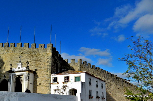 Muralha de Óbidos e Porta da Vila