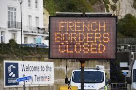 la France autorise certains retours du Royaume-Uni avec un test Covid négatif