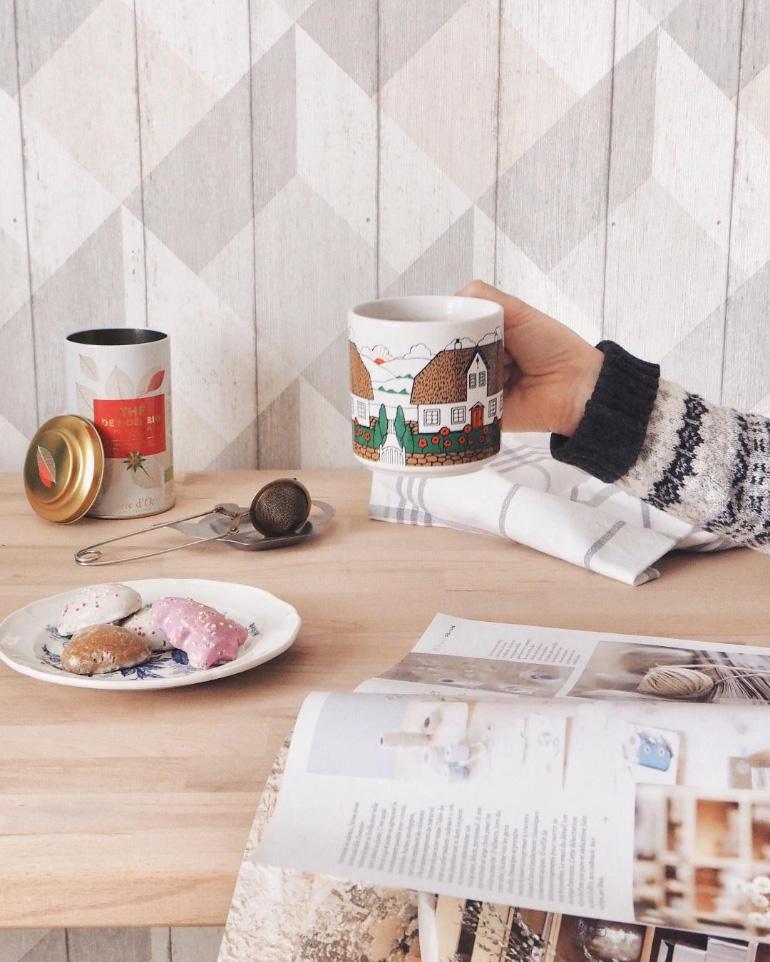 Thé de Noël aux épices, caramel et à la poire