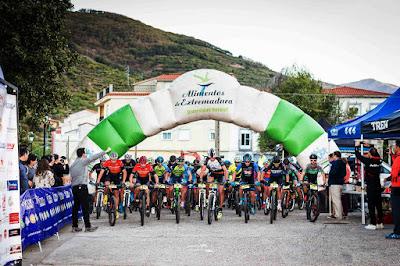 Salida Picota Bike Race. Valle del Jerte