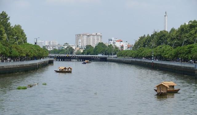 Giải mã tháp nước ở bên cầu Điện Biên Phủ - Sài Gòn