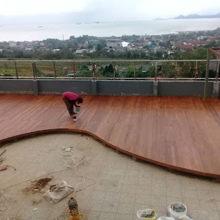 lantai kayu ulin outdoor decking