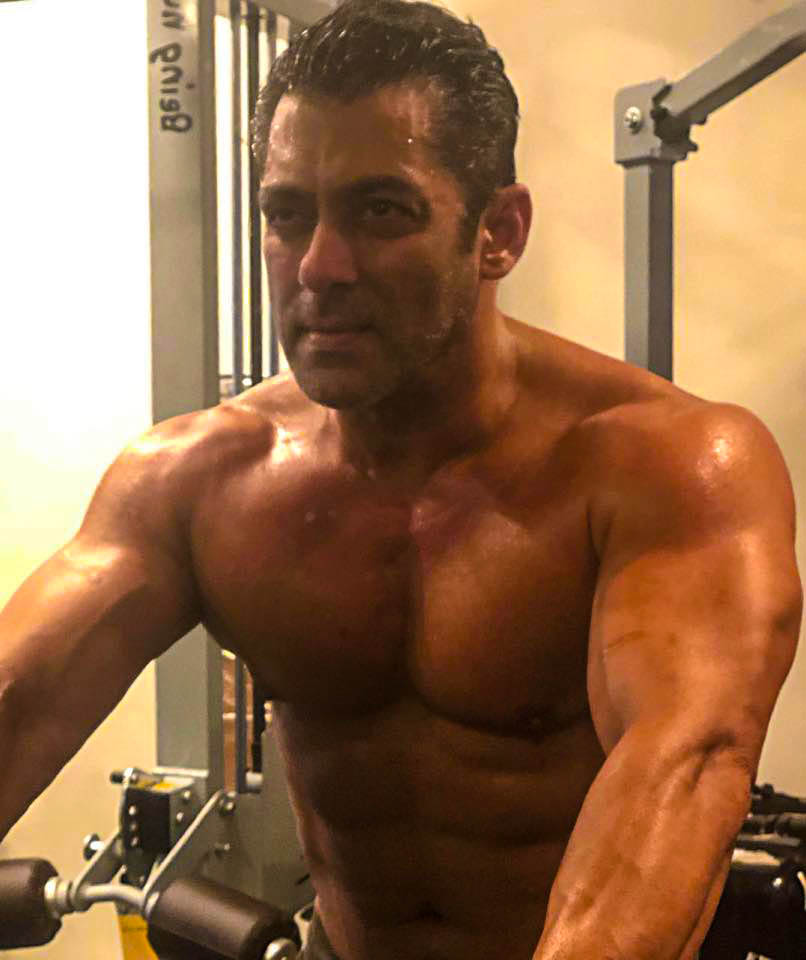 Salman Khan (Actor) Wiki, Height, Weight, Age, Boyfriend,Networth Biography & More