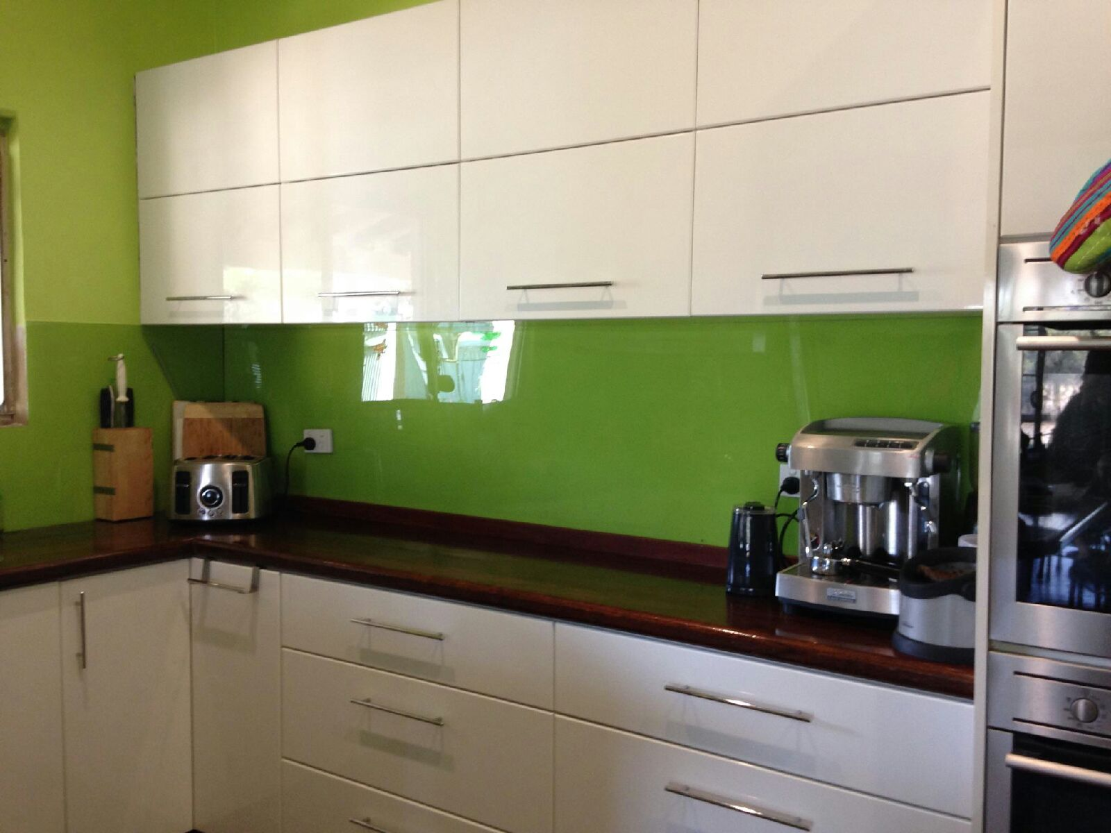 back splash kitchen renovation ideas html with Acrylic Splashback Bo Hane Premium on Unique Kitchen Backsplash Ideas also Storey Furniture as well 3 additionally Acrylic Splashback Bo hane Premium as well Whats A Good Highlighter Makeup Over The Counter.