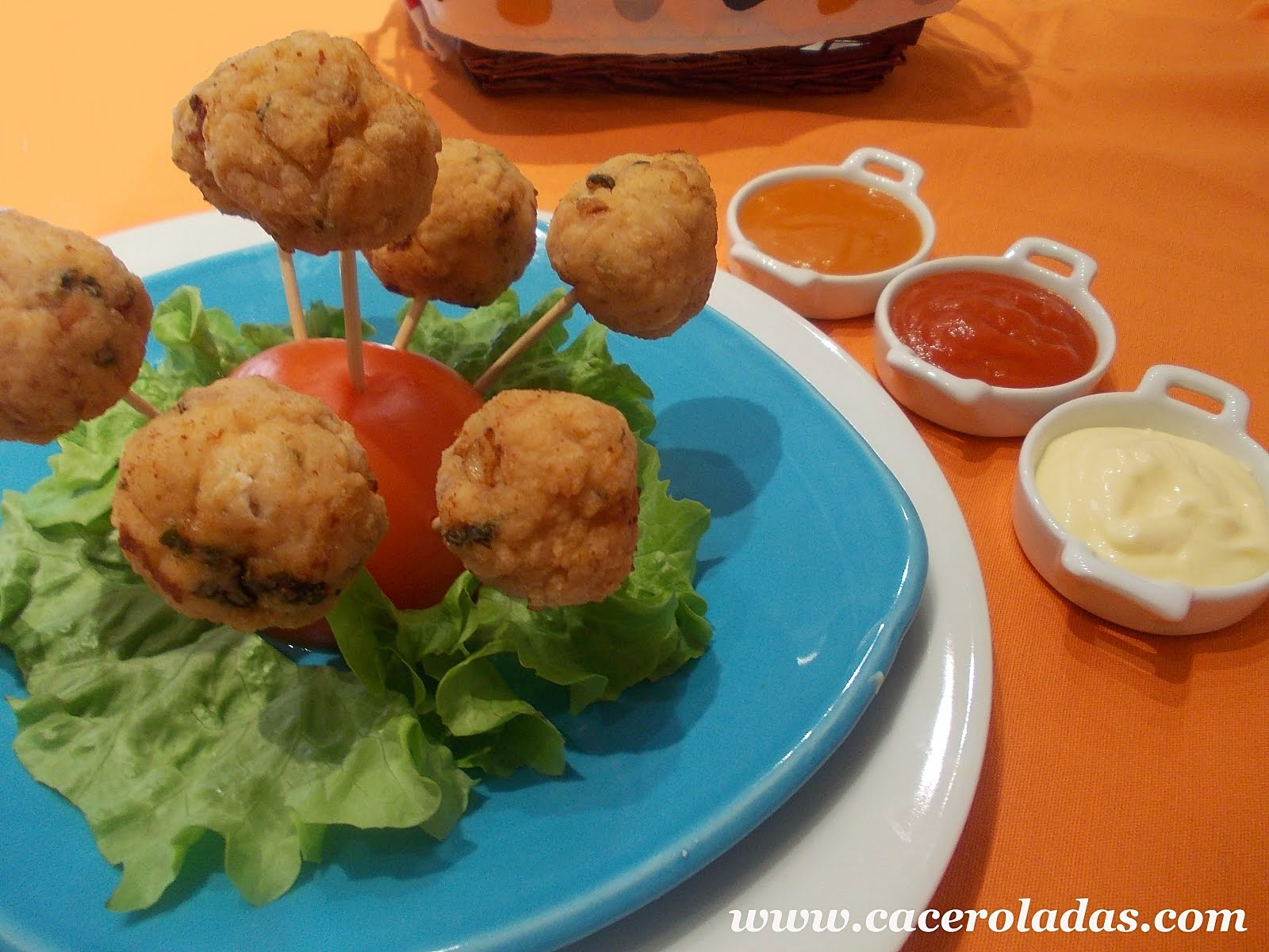 bolitas de pollo para niños