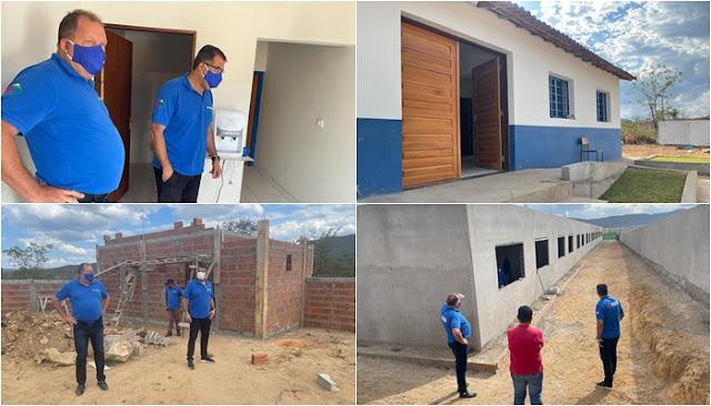 Prefeito de Piatã visita obras em andamento no distrito de Inúbia