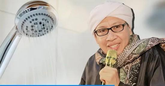 Buya Yahya : Tidak Pakai Sampo Tetap Sah, Cara Mandi Wajib | PikiranSaja.com