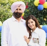 mehreen kaur pirzada with her father