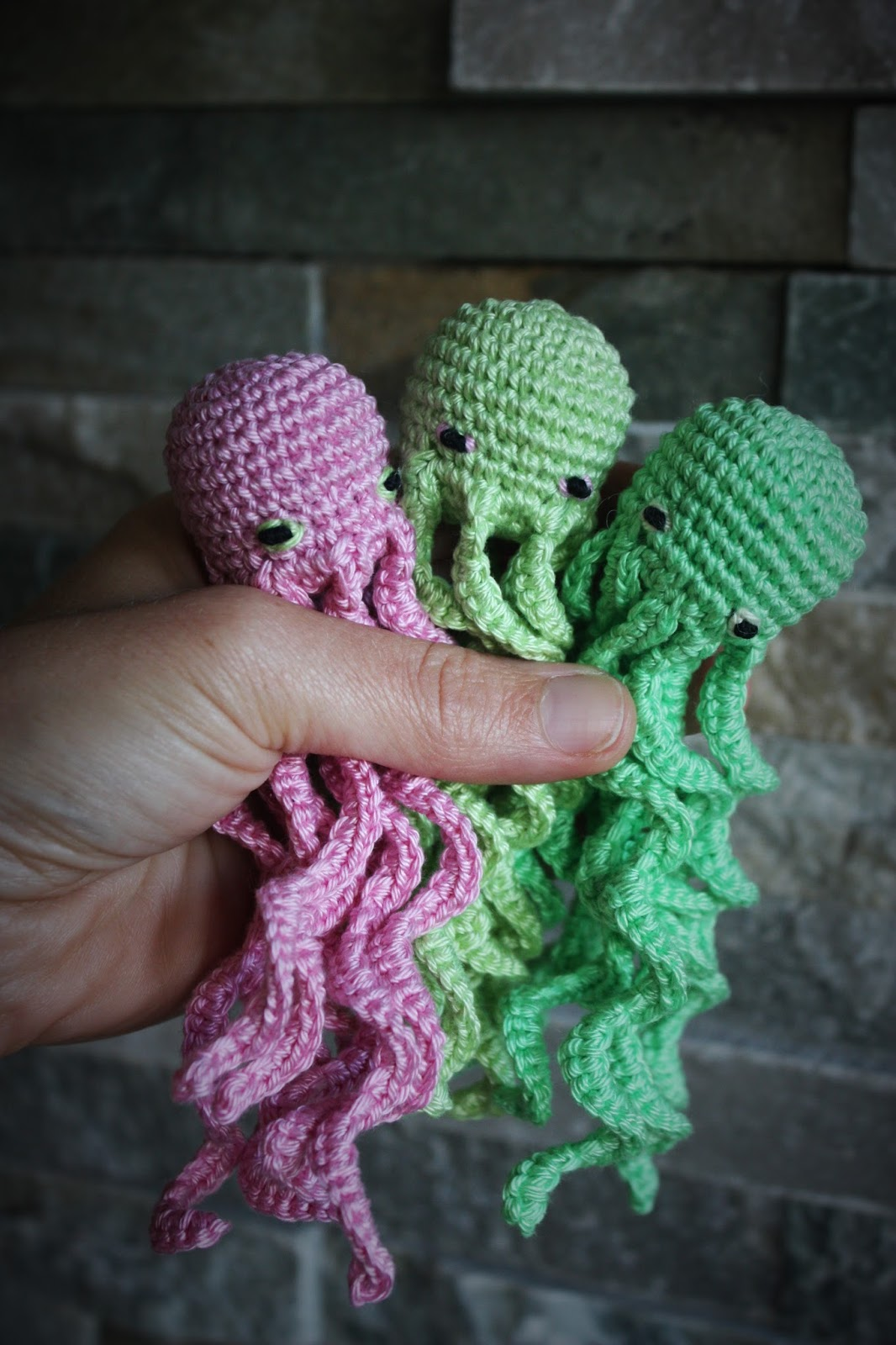 Happyamigurumi amigurumi free seamless octopus pattern diy happyamigurumi amigurumi free seamless octopus pattern diy crochet tutorial octopus in one piece step by step bankloansurffo Choice Image