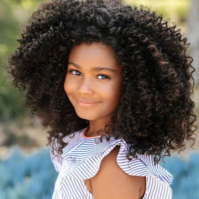 هايلي فاسكيز ، طفلة امريكية جميلة من اصول افريقية