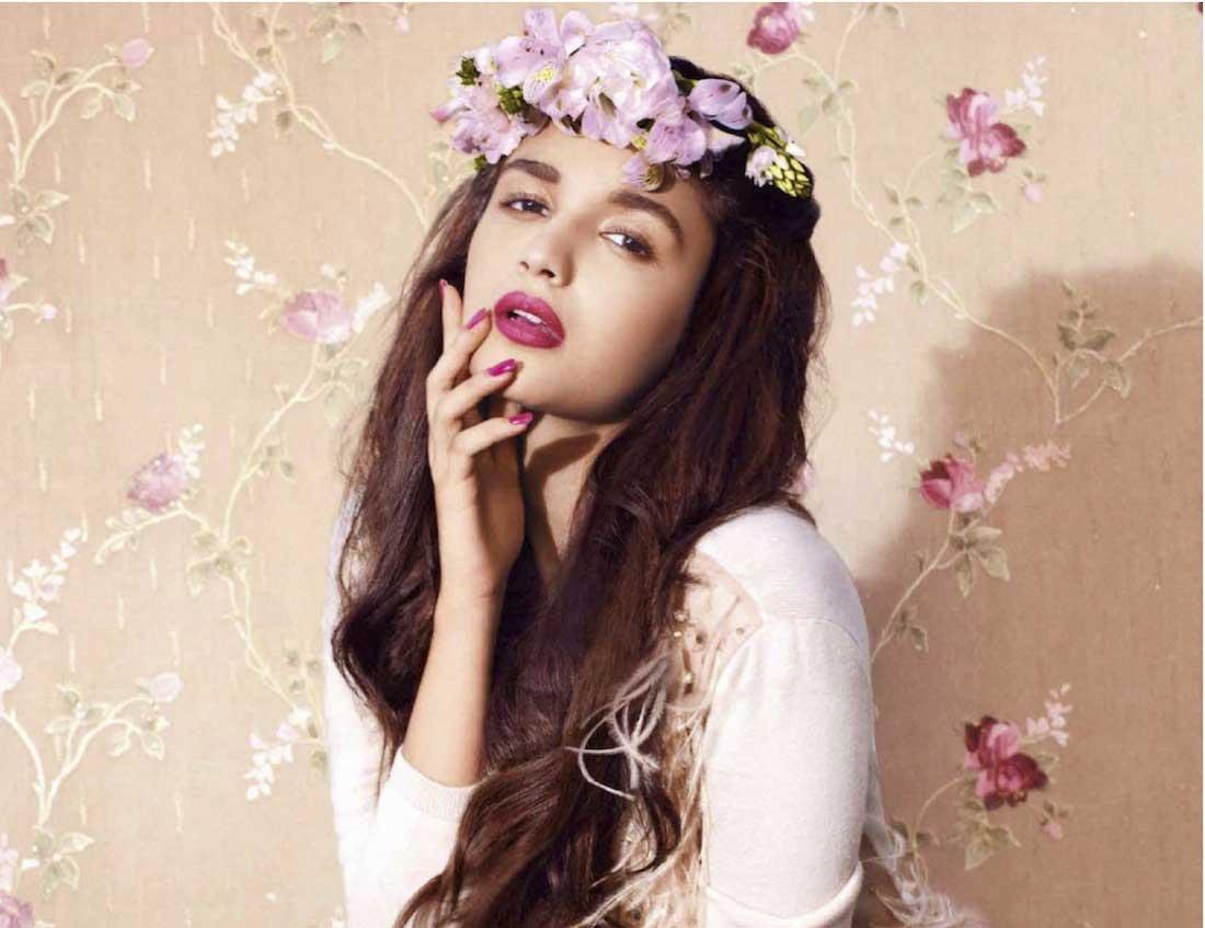 Actress  Actors Alia Bhatt Hot Wallpapers-4717
