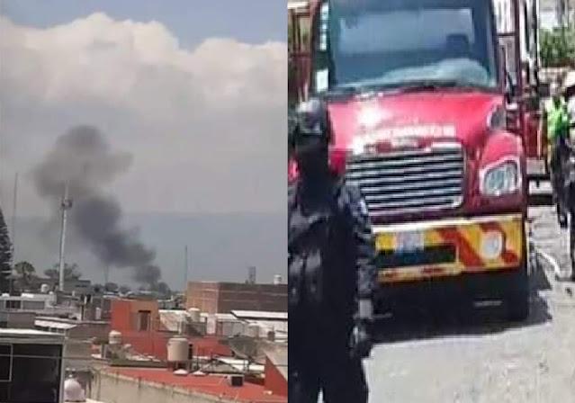VIDEO.- Sicarios en manada llegan y  queman casa donde se escondían rivales, en Guanajuato.