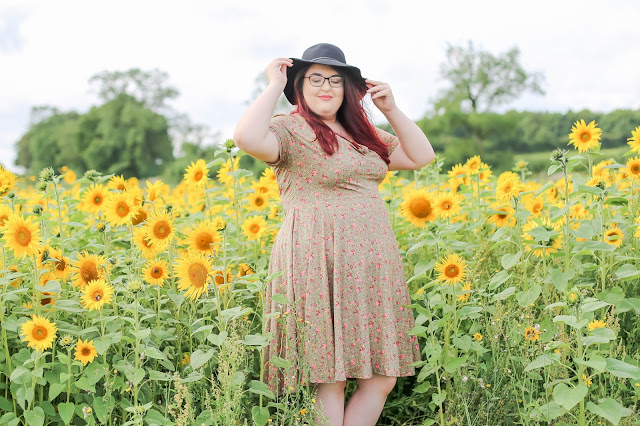 Plus size fashion blogger reasons to be proud of your size