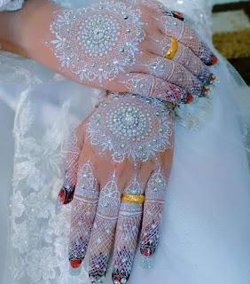 Model henna putih tangan