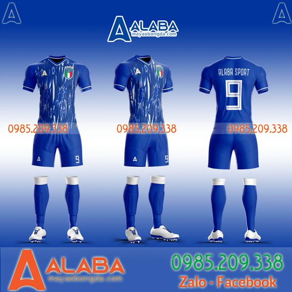 Áo đội tuyển Ý tự thiết kế độc lạ