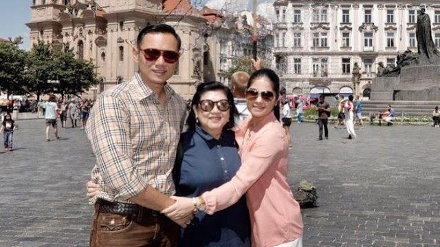 Annisa Pohan Kenang Pesan WhatsApp Almarhumah Ani Yudhoyono: Pak Haji dan Bu Hajjah Ingin Makan Apa?