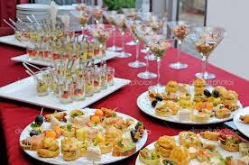 mesa de salgados para noivado