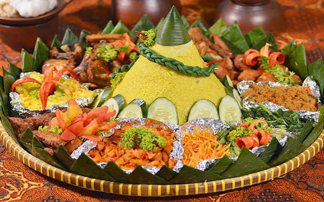 Makna-Lauk-dan-Sayur-yang-Sering-Menjadi-Pendamping-Nasi-Tumpeng