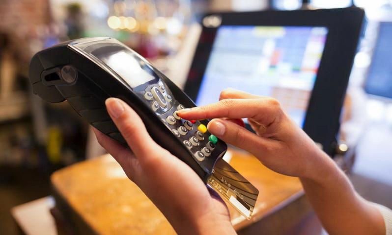 STOP στα μετρητά - Μόνο πλαστικό χρήμα και ηλεκτρονικές πληρωμές, για να χτυπηθεί η φοροδιαφυγή