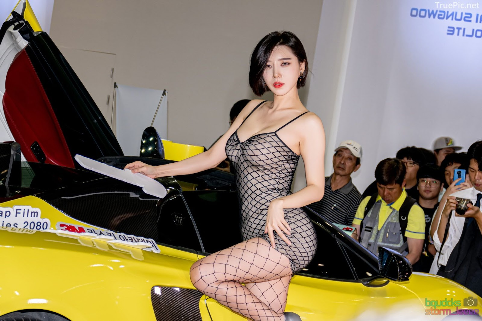Korean Racing Model - Song Jooa - Seoul Auto Salon 2019 - Picture 7