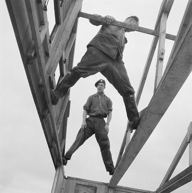Barakkenbouw (1945), Carel Blazer