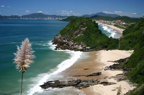 Praia dos Amores em Balneário Camboriú