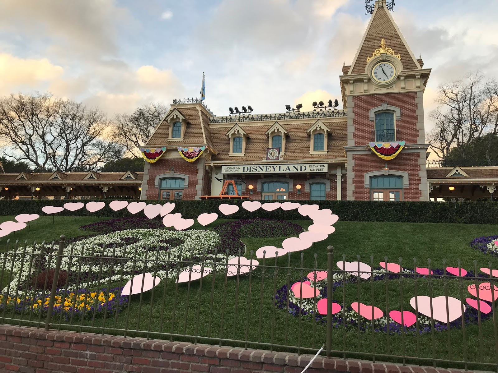 Happy Valentines Day Disney Style Purple Chocolat Home