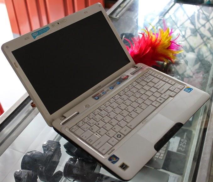 harga jual laptop bekas toshiba l635