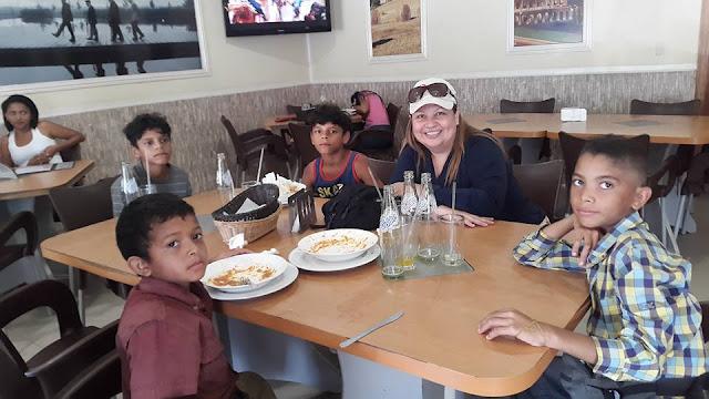 """Fundación """"El Grupette de Magley"""" realizó donativos a niños en #Apure."""