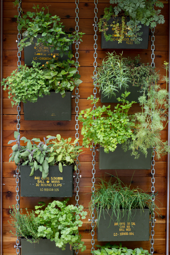 Ammo can vertical planter