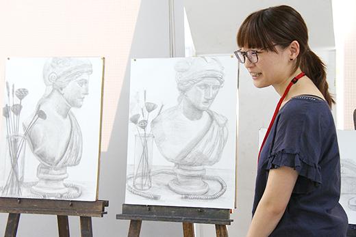 美術クラブ 横浜美術学院の中学生向け教室 2016年6月 石膏像のある静物(2/2)3