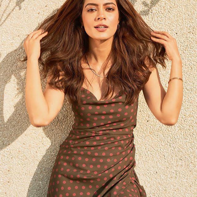 Anya Singh 3