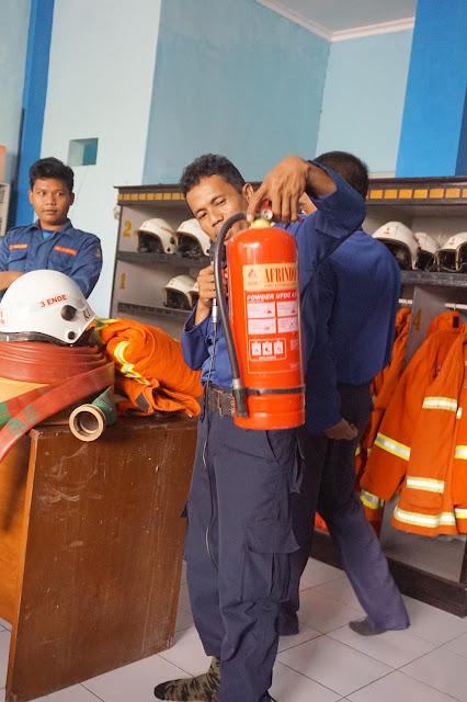 demo alat pemadam kebakaran