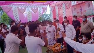 नगर परिषद के पूर्व उपाध्यक्ष रमेश अग्रवाल ने नकुलनाथ का किया स्वागत